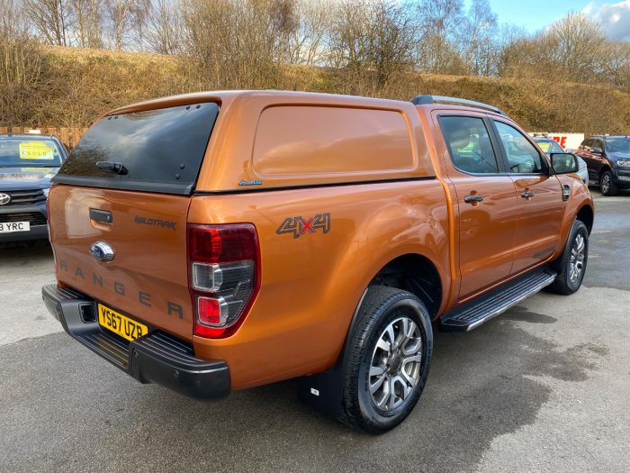 Ford Ranger 3.2 RANGER WILDTRAK 4X4 TDCI Pick Up Diesel Orange