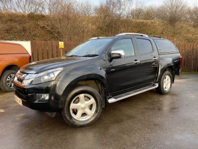 Isuzu D-max 2.5TD Utah Double Cab 4x4 Auto Pick Up Diesel BlackIsuzu D-max 2.5TD Utah Double Cab 4x4 Auto Pick Up Diesel Black at Mark Duesbury Cars Chesterfield
