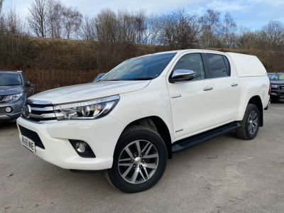 Toyota Hilux Invincible D/Cab Pick Up 2.4 D-4D Auto Pick Up Diesel WhiteToyota Hilux Invincible D/Cab Pick Up 2.4 D-4D Auto Pick Up Diesel White at Mark Duesbury Cars Chesterfield