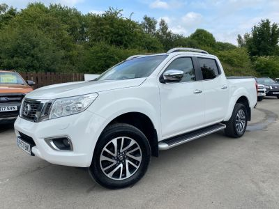 Nissan Navara Double Cab Pick Up Tekna 2.3dCi 190 4WD Pick Up Diesel WhiteNissan Navara Double Cab Pick Up Tekna 2.3dCi 190 4WD Pick Up Diesel White at Mark Duesbury Cars Chesterfield