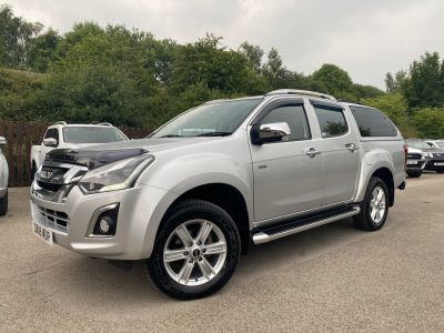 Isuzu D-max 1.9 Utah Double Cab 4x4 Auto Pick Up Diesel SilverIsuzu D-max 1.9 Utah Double Cab 4x4 Auto Pick Up Diesel Silver at Mark Duesbury Cars Chesterfield