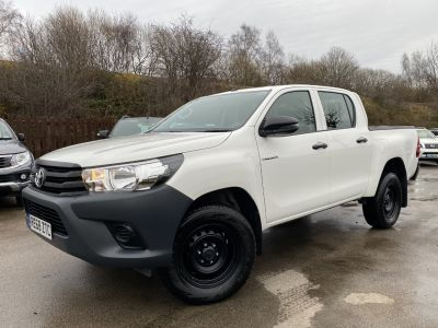 Toyota Hilux Active D/Cab Pick Up 2.4 D-4D Pick Up Diesel WhiteToyota Hilux Active D/Cab Pick Up 2.4 D-4D Pick Up Diesel White at Mark Duesbury Cars Chesterfield
