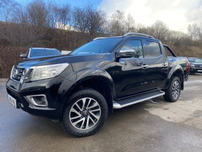 Nissan Navara Double Cab Pick Up Tekna 2.3dCi 190 4WD Auto Pick Up Diesel BlackNissan Navara Double Cab Pick Up Tekna 2.3dCi 190 4WD Auto Pick Up Diesel Black at Mark Duesbury Cars Chesterfield
