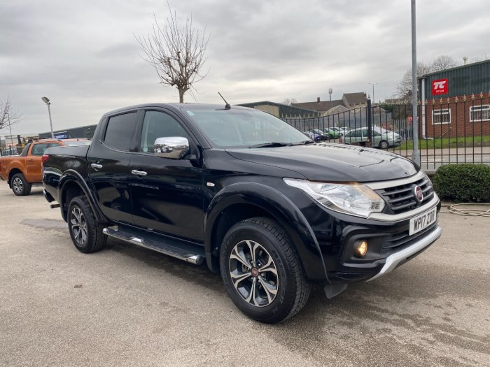 Fiat Fullback 2.4 180hp LX Double Cab Pick Up Pick Up Diesel Black