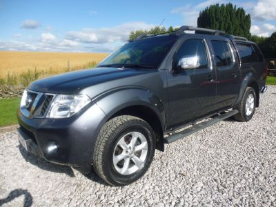 Nissan Navara Double Cab Pick Up Tekna 2.5dCi 190 4WD Four Wheel Drive Diesel GreyNissan Navara Double Cab Pick Up Tekna 2.5dCi 190 4WD Four Wheel Drive Diesel Grey at Mark Duesbury Cars Chesterfield