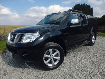 Nissan Navara Double Cab Pick Up Tekna 2.5dCi 190 4WD Four Wheel Drive Diesel BlackNissan Navara Double Cab Pick Up Tekna 2.5dCi 190 4WD Four Wheel Drive Diesel Black at Mark Duesbury Cars Chesterfield