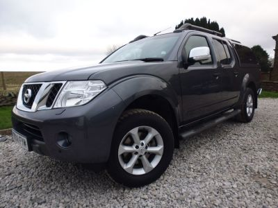 Nissan Navara Double Cab Pick Up Tekna Connect Premium 2.5dCi 190 4WD Four Wheel Drive Diesel GreyNissan Navara Double Cab Pick Up Tekna Connect Premium 2.5dCi 190 4WD Four Wheel Drive Diesel Grey at Mark Duesbury Cars Chesterfield