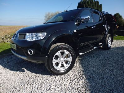 Mitsubishi L200 2.5 Double Cab DI-D Barbarian 4WD Auto 176Bhp Four Wheel Drive Diesel BlackMitsubishi L200 2.5 Double Cab DI-D Barbarian 4WD Auto 176Bhp Four Wheel Drive Diesel Black at Mark Duesbury Cars Chesterfield