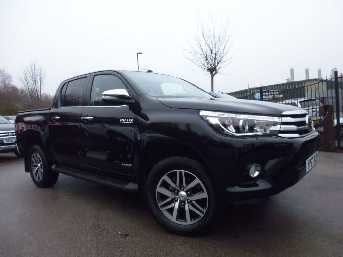 Toyota Hilux Invincible D/Cab Pick Up 2.4 D-4D Four Wheel Drive Diesel Black