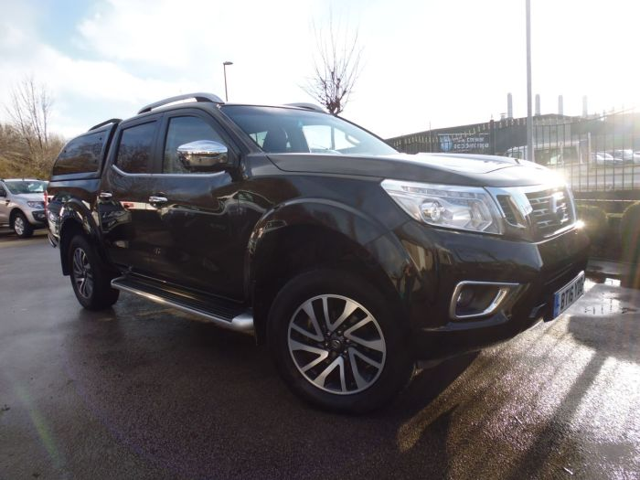 Nissan Navara Double Cab Pick Up Tekna 2.3dCi 190 4WD Four Wheel Drive Diesel Black