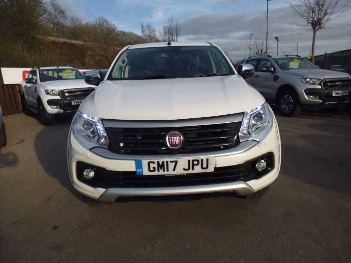 Fiat Fullback 2.4 180hp LX Double Cab Pick Up Pick Up Diesel White