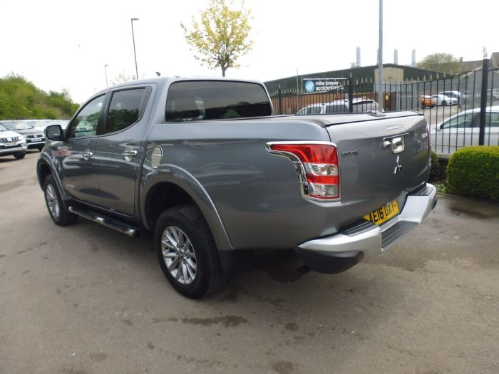 Mitsubishi L200 2.4 Double Cab DI-D 178 Barbarian 4WD Pick Up Diesel Grey