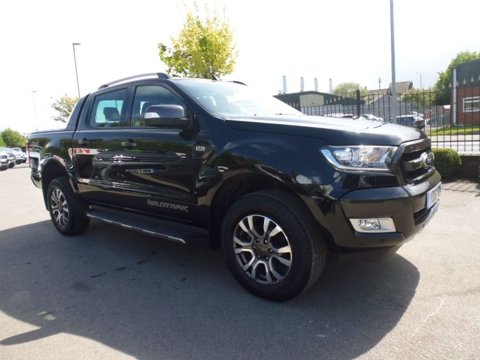 Ford Ranger Pick Up Double Cab Wildtrak 3.2 TDCi 200 Auto Pick Up Diesel Black