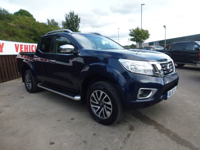 Nissan Navara Double Cab Pick Up Tekna 2.3dCi 190 4WD Pick Up Diesel Blue