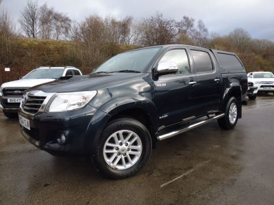 Toyota Hilux Invincible D/Cab Pick Up 3.0 D-4D 4WD 171 Pick Up Diesel GreyToyota Hilux Invincible D/Cab Pick Up 3.0 D-4D 4WD 171 Pick Up Diesel Grey at Mark Duesbury Cars Chesterfield